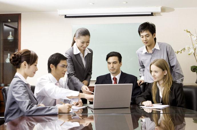 """部门领导:打造团队应善用""""感染""""的力量"""