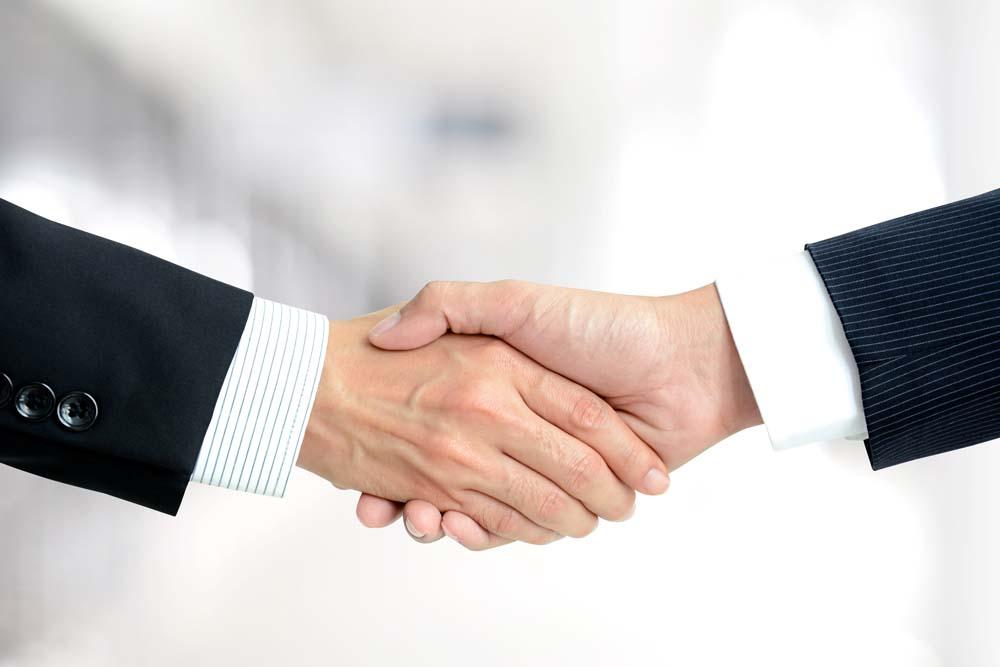 弘成教育同浙江海洋大学签订合作协议